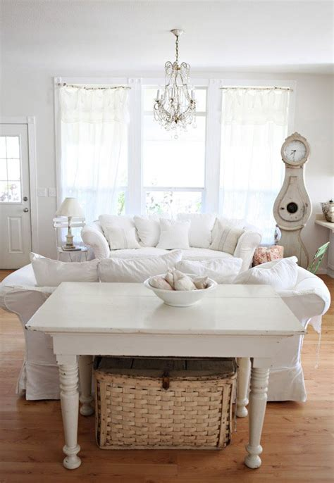 White Shabby Chic Living Room Furniture Distressed Yet Pretty White Shabby Chic Living Rooms Home Design Lover
