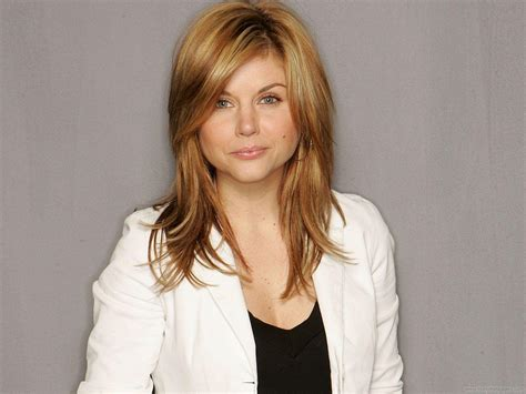 tiffani thiessen tiffani thiessen hd wallpapers fun hungama