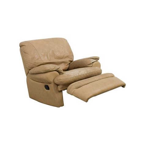 italian recliner chairs 84 off natuzzi italia natuzzi italian beige leather
