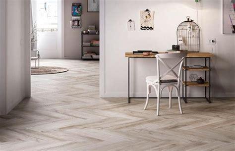 piastrelle simil legno prezzi ceramica effetto legno