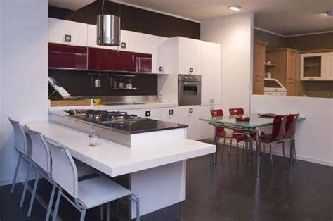 penisola per cucine caratteristiche cucina con penisola la cucina