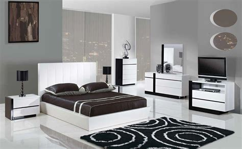 trinity 5pcs king size modern platform bedroom set white