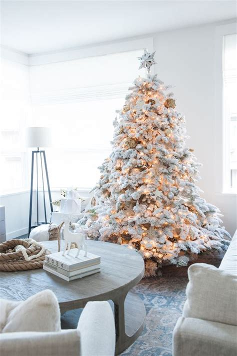 white flocked christmas tree decorating ideas 33 chic white christmas tree decor ideas digsdigs