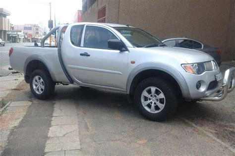 mitsubishi triton 2009 2009 mitsubishi triton triton 2 4 glx cars for sale in