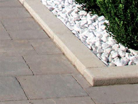 bordure per giardino pietra bordura per aiuole in pietra cordonata pietra favaro1