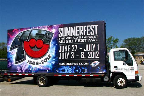 mobile billboard advertising mobile billboards