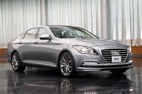 2015 hyundai genesis photo gallery autoblog