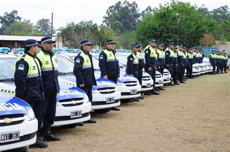 la gaceta aumento a la policia de tucuman 2016 en el noa tucum 225 n es la provincia con menos polic 237 as