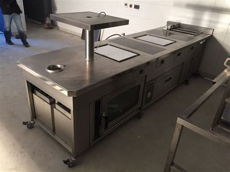 induction cooking commercial kitchens induction hobs countertop bespoke suites and drop in induction cooking suites induction
