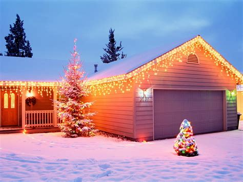christmas house holiday home christmas wallpaper 2735371 fanpop