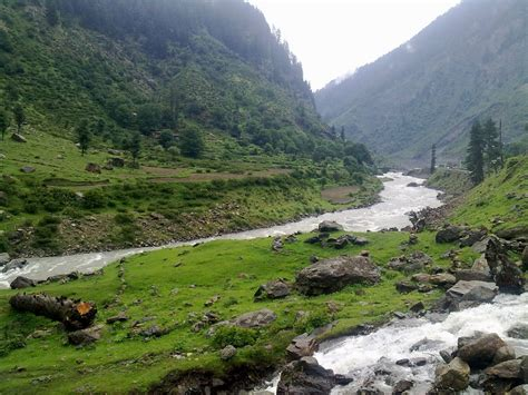 Essay On A Visit To Kaghan Valley by Essay On Visit To Naran Kaghan Pics Allflagscom