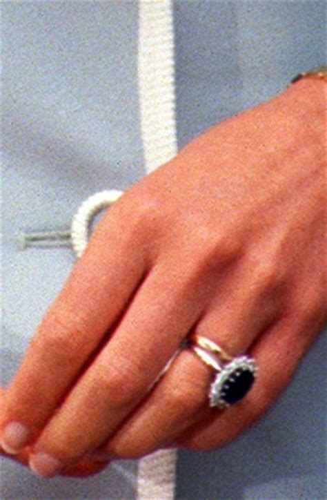 prince william proposes to kate middleton with diana s