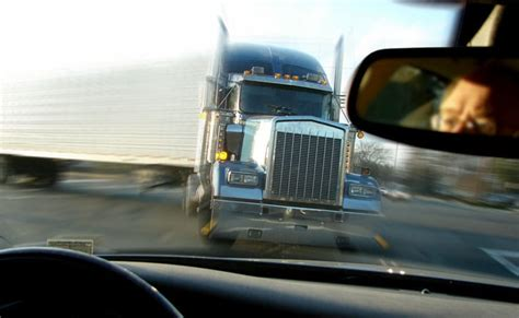 Dallas Truck Lawyer - fatal 18 wheeler truck lawyer dallas tx
