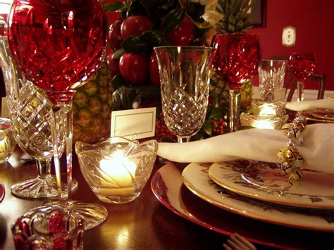 christmas dinner decorations colonial williamsburg christmas table setting with apple