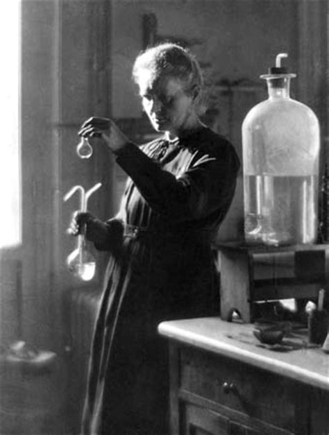 marie curie biography in spanish marie curie biography facts britannica com