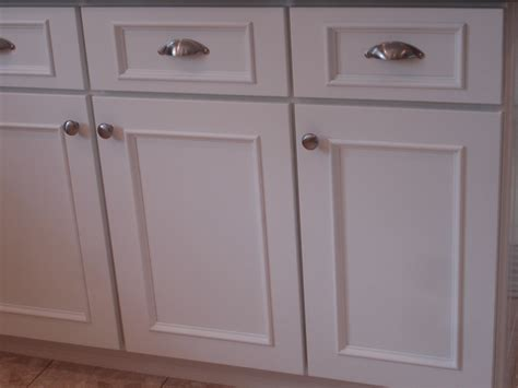 Flat Door Kitchen Cabinets by Flat Cabinet Door Makeover Savae Org