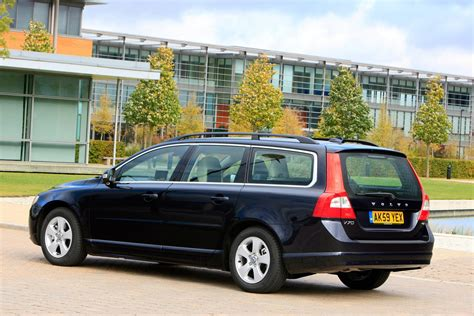 volvo v70 parkers volvo v70 estate 2007 2016 features equipment and