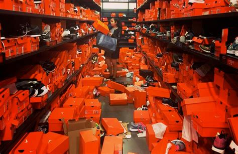 black friday sale destroys seattle nike outlet sneakernewscom