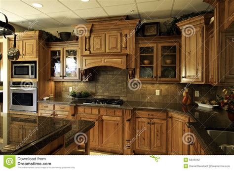 large luxury kitchens decobizz com spacious modern luxury kitchen decobizz com