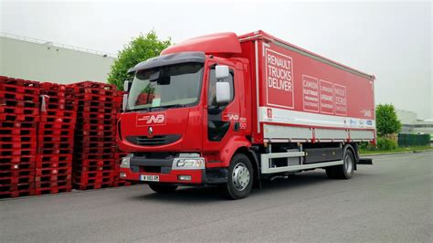 electric semi truck renault testing extended range electric semi truck