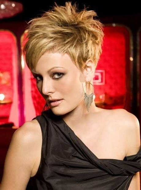cool pixie haircuts for thick hair trendy hairstyles short pixie haircuts for thick hair