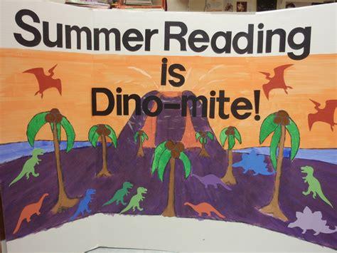 a summer s reading themes juvenescence summer reading bulletin board ideas