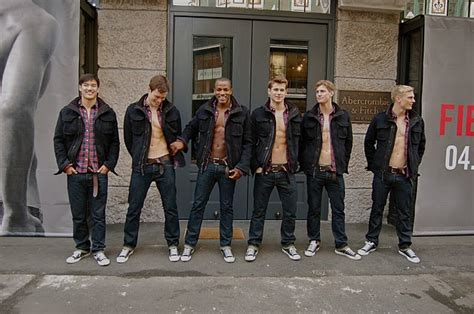 Hollister Application Impact Hollister Co How To Be A Hollister Model Models Picture