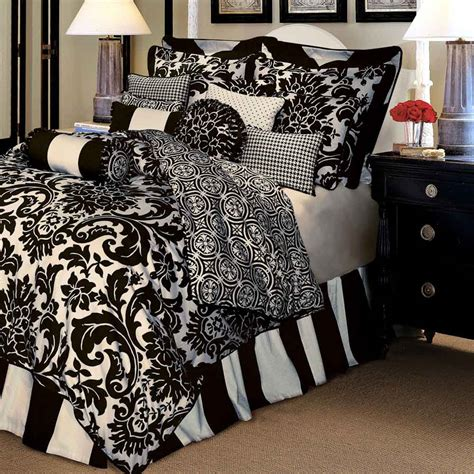 black and white queen bed set black and white bedspreads bedroom ideas