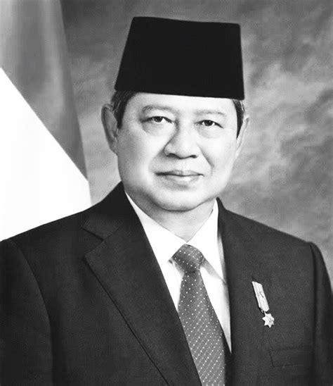 Eyeliner Hitam Dan Putih gambar presiden ri berwarna dan hitam putih sejarah