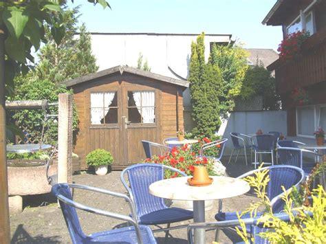 terrasse landhaus quot terrasse quot landhaus pension jagdschl 246 sschen in willingen