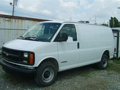 sell used 2001 white chevrolet express 2500 cargo van in lake charles louisiana united states