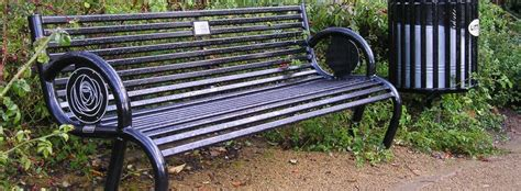 memorial bench uk memorial benches remembrance seats commemoration benches plaques memorial benches