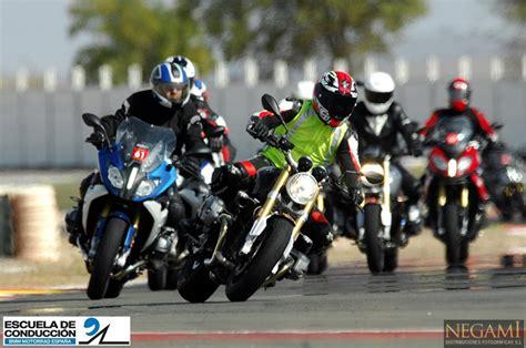 Bmw Motorrad Escuela De Manejo by Cursos Escuela Bmw Motorrad Super7moto
