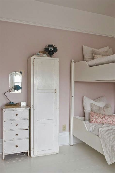 farrow and ball girls bedroom the 25 best calamine farrow and ball ideas on pinterest