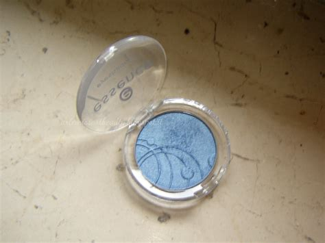 Eyeshadow N recensione e swatch ombretto mono essence eyeshadow n 81