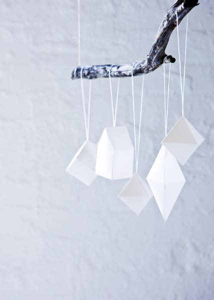 cool diy paper christmas tree ornaments shelterness
