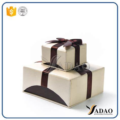 handmade delicate moq wholesale portabl pretty paper box