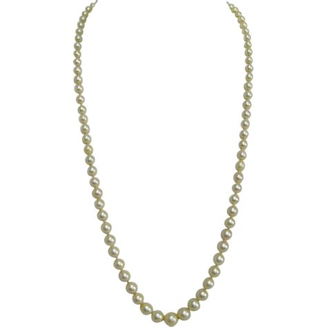 graduated akoya cultured pearl necklace with 14k white