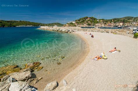 porto spiaggia spiaggia la pianotta a porto azzurro isola d elba