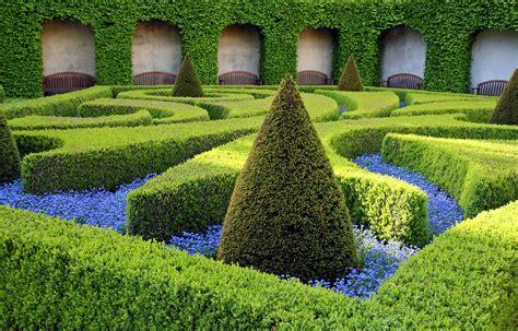 argyle park topiary garden public demonstration leaf