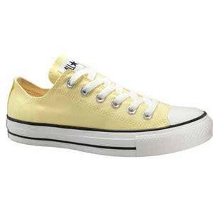 light yellow converse shoes lemonade light yellow converse chucks gift from my i