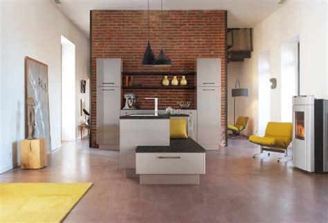 agréable Hotte Pour Cuisine Ouverte #5: cuisine-mur-briques-rouges-expression.jpg