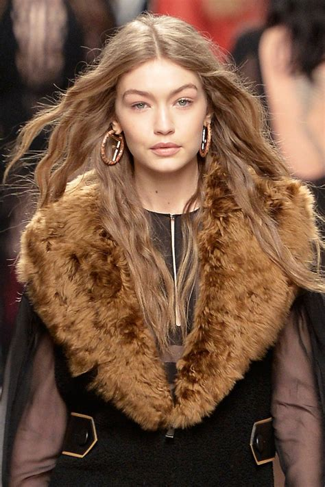 the hottest hair trends for 2017 glamour uk the best hair trends for fall 2017 glamour