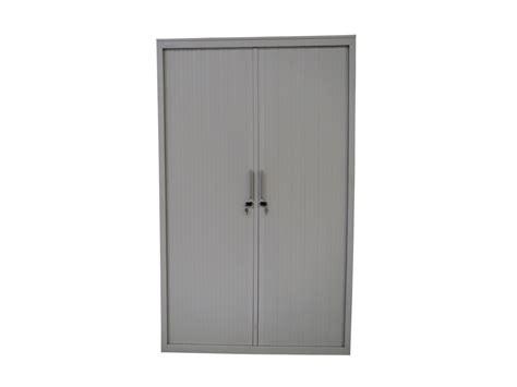 armoire à rideaux occasion armoire 224 rideaux blanche 120x198 mod 232 le d exposition adopte un bureau