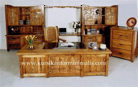 Kursi Meja Kerja Kantor Direktur Ukir Cat Duco Ukiran Kayu Jepara harga meja kantor jati ukir minimalis model terbaru