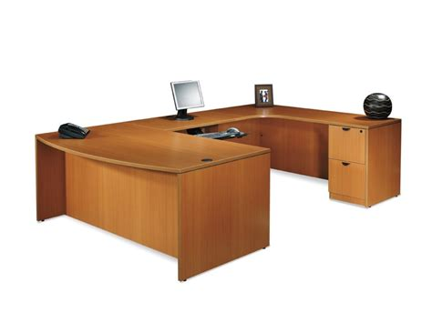 L Shaped Desk With Hutch Left Return Desk With Return And Hutch Aspenhome Richmond L Shaped Computer Desk And Return With Hutch