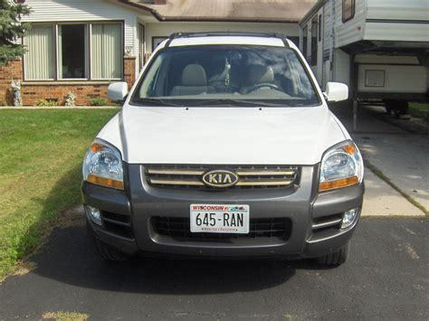 Kia Sportage 2006 Price Kia Sportage Photos Prices Reviews Specs The Car