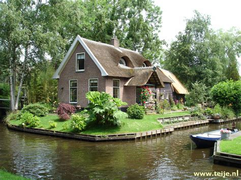 travelogue netherlands june 2005 to giethoorn and looking