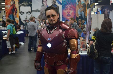 sdcc cosplay convincing iron man