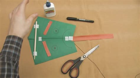How To Make A Paper Kite Step By Step - how to make a fast kite with one sheet of paper 12 easy